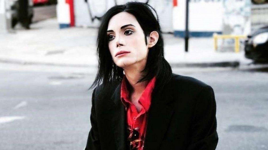 Ante las denuncias de abusos, Felipe Pettinato convoca una marcha en favor de Michael Jackson