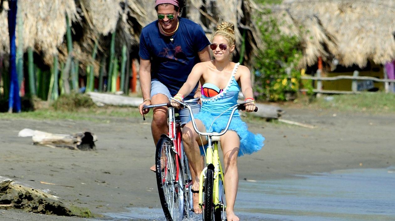 Shakira y Carlos Vives declaran por la demanda de plagio de La bicicleta