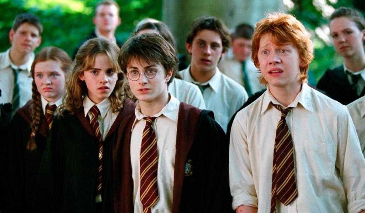 Sacerdotes quemaron libros de Harry Potter en Polonia para combatir la brujería