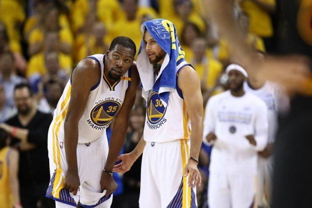 Kevin Durant y Stephen Curry<br>