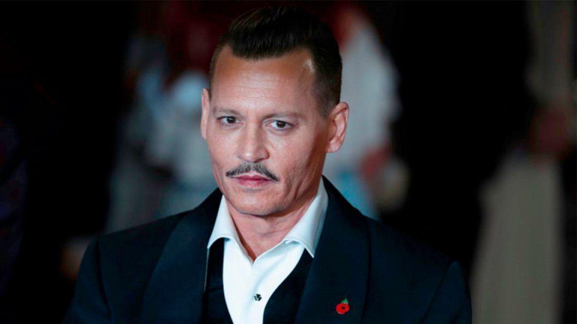 En medio del conflicto con su ex, Johnny Depp tiene nueva novia