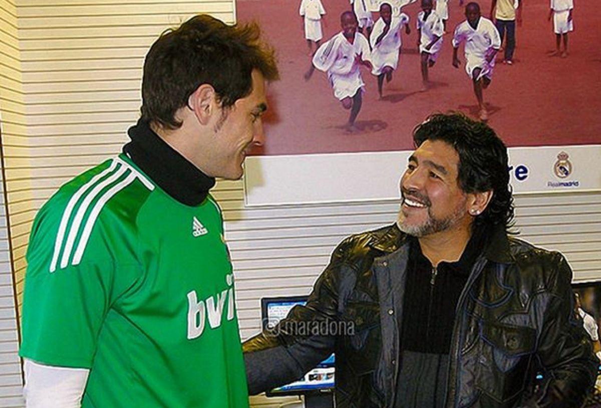 El mensaje de Diego Maradona a Iker Casillas, tras sufrir un infarto en un entrenamiento