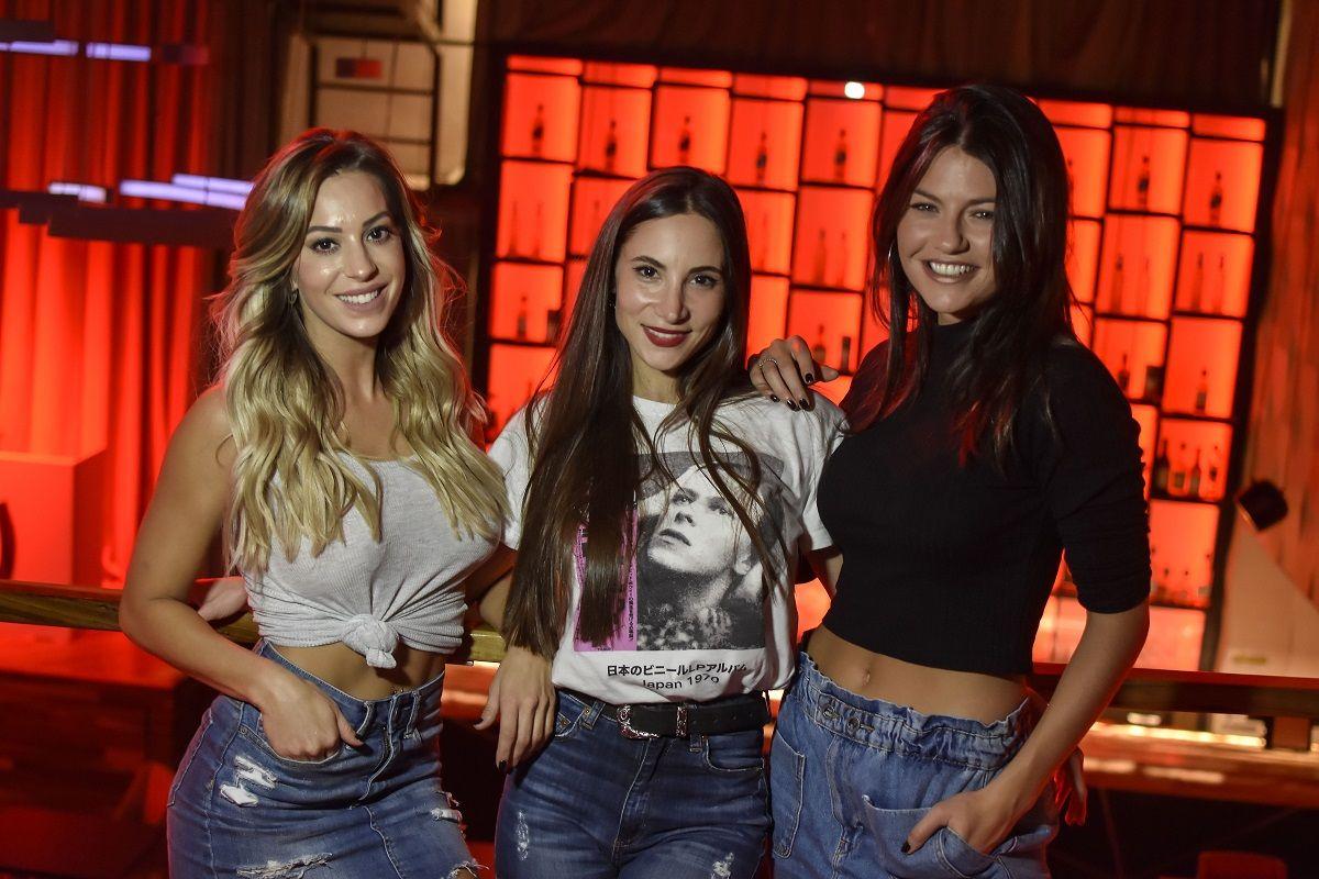 Noelia Marzol, Magui Bravi y Sofía Jujuy Jiménez en una obra erótica para mayores de 18