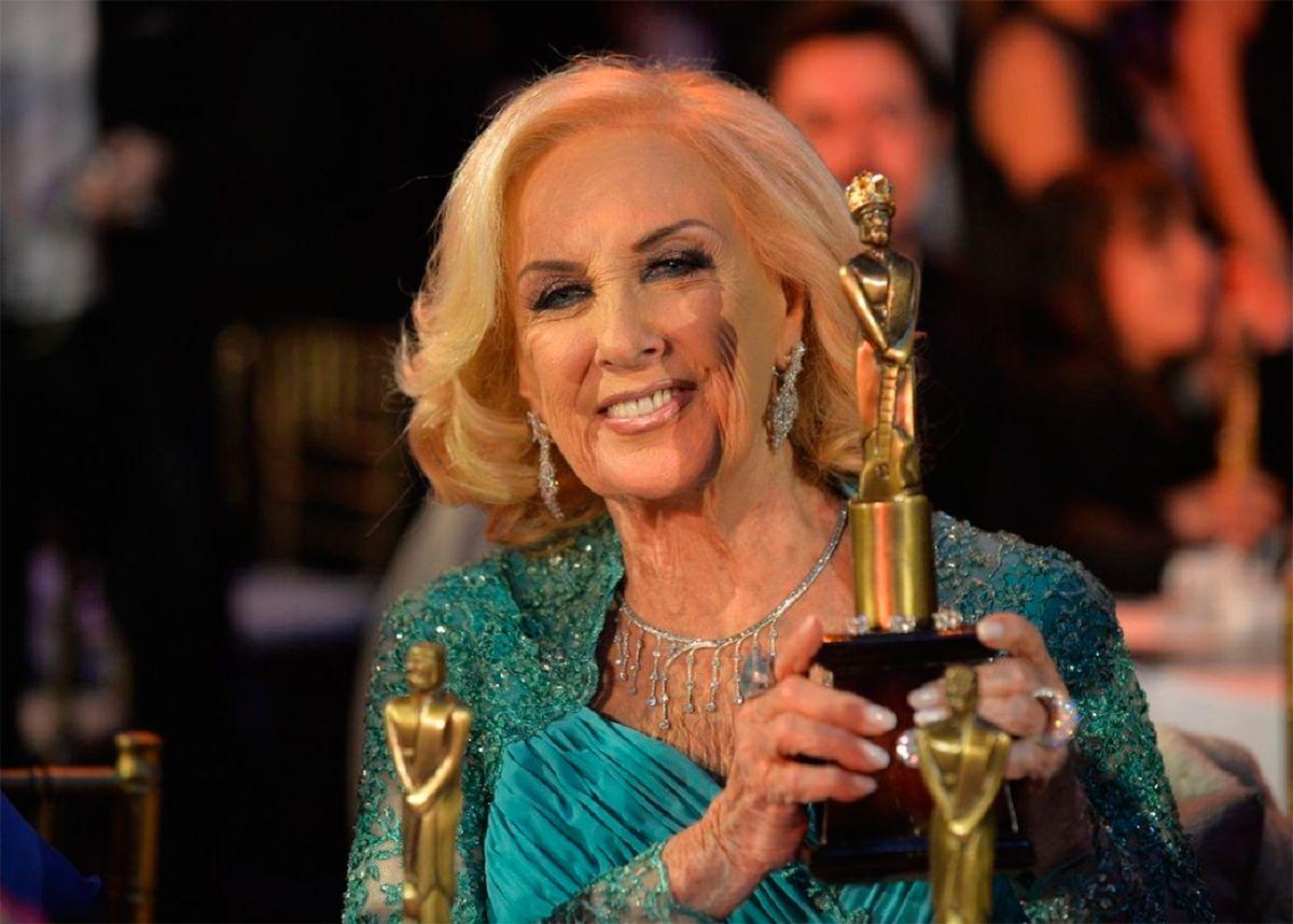 La histórica decisión de Mirtha Legrand respecto a los premios Martín Fierro