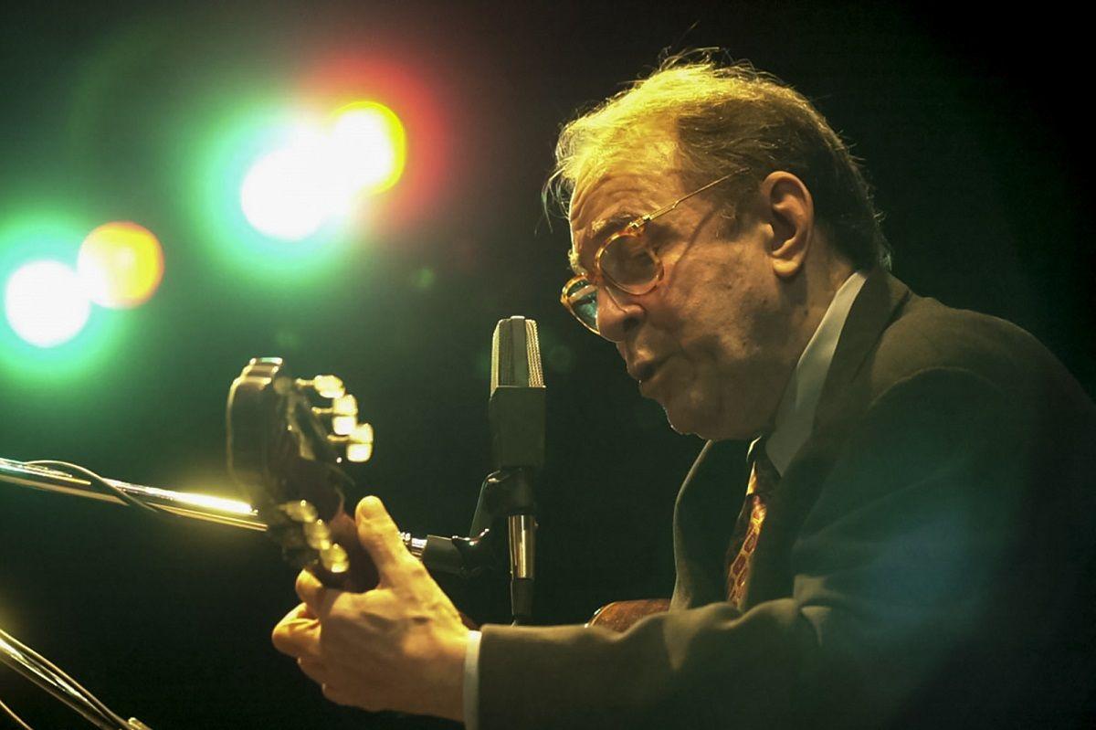 Joao Gilberto, uno de los creadores de la bossa nova, murió a los 88 años