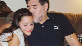 Jana Maradona visitó a Diego tras su operación: Cuidando a papi