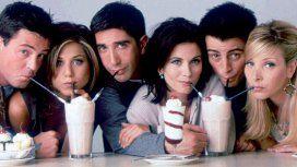 Un actor de Friends vive recluido en un hotel y gasta 7 mil dólares por día en el bar