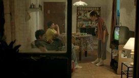 Balthazar Murillo, Alberto Ajaka y Vanesa González (gentileza Netflix)