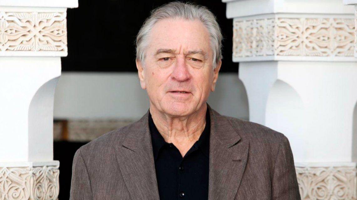Robert De Niro demandó a una empleada por ver 55 capítulos de Friends en cuatro días de trabajo