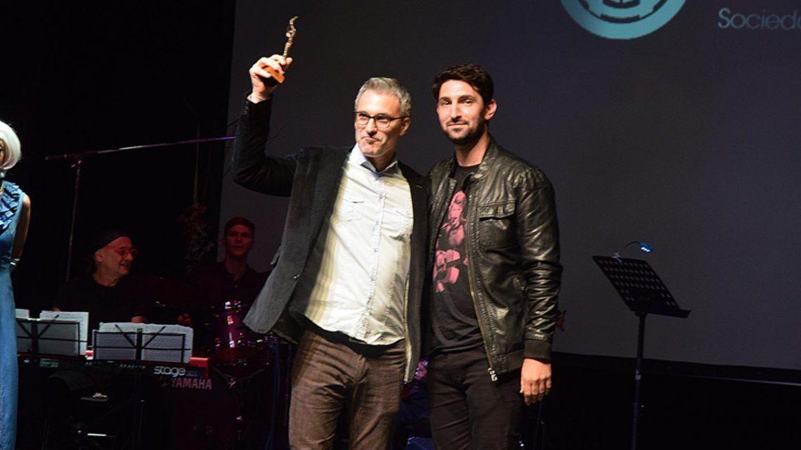 Radio 10 fue premiada por Argentores
