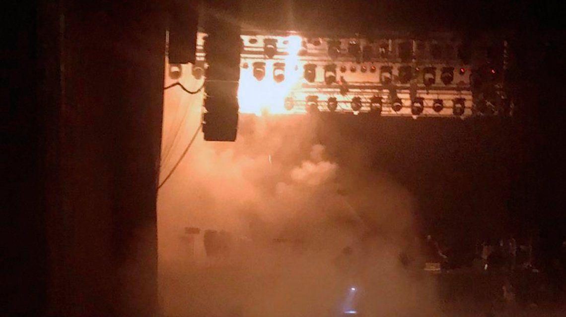 Diego Torres interrumpió un recital por un principio de incendio