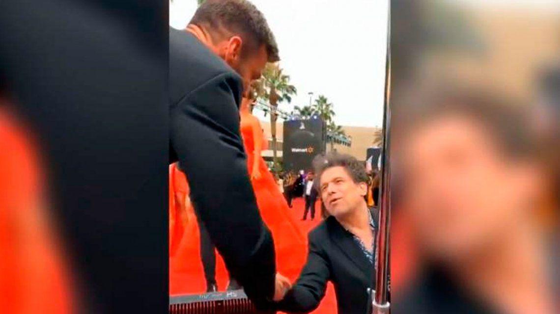 La increíble charla íntima de Ricky Martin y Andrés Calamaro en los Latin Grammy