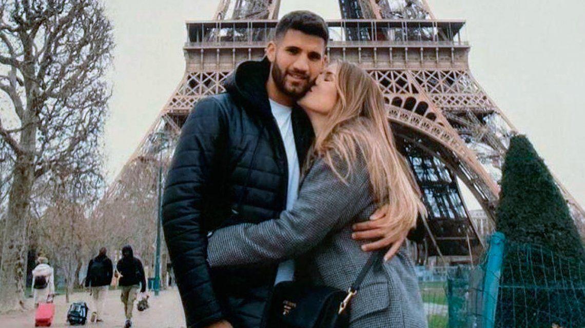 Las románticas vacaciones de Mica Tinelli y Licha López en París