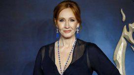Polémico tuit de J.K. Rowling por un caso de transfobia que causó indignación