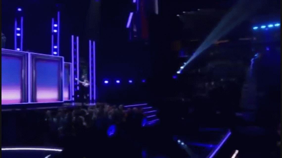 Luis Fonsi y Daddy Yankee la rompieron cantando Despacito pero no ganaron ningún Grammy
