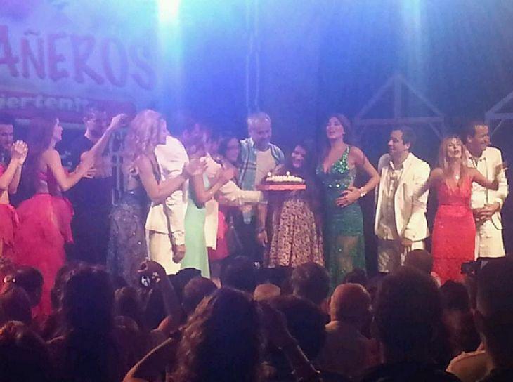 Morena festejó sus 16 años en el escenario de Bañeros con Loly y Jorge Rial