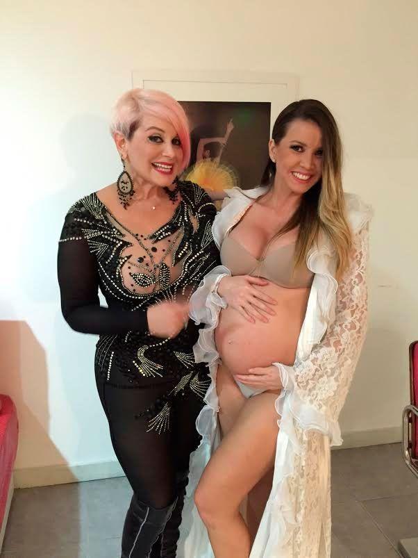 Carmen en Paraguay junto a una embarazadísima Dallys Ferreira: panza y videos