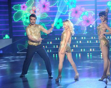Así fue la salsa en trío y el baile de Lali Espósito con Pedro Alfonso