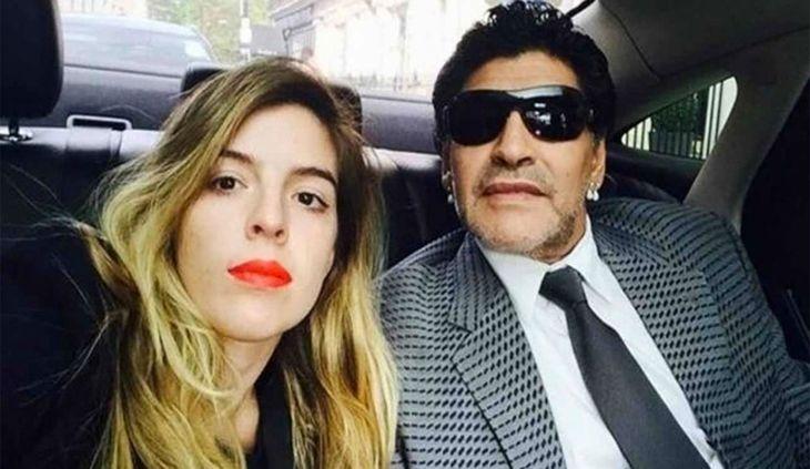Tras la operación de Diego Maradona, Dalma agradeció las muestras de amor y puso en duda el pedido de tutela