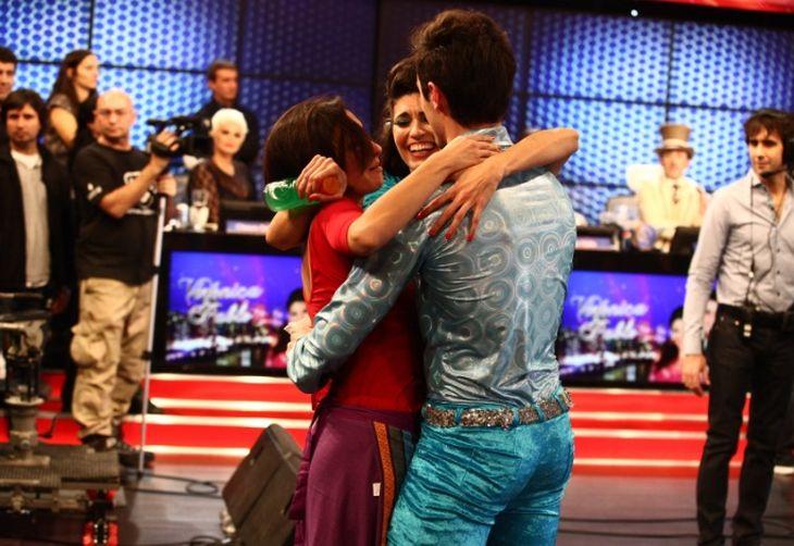 Emoción en Showmatch con Noelia y Vero Perdomo, Dulce Amor imparable