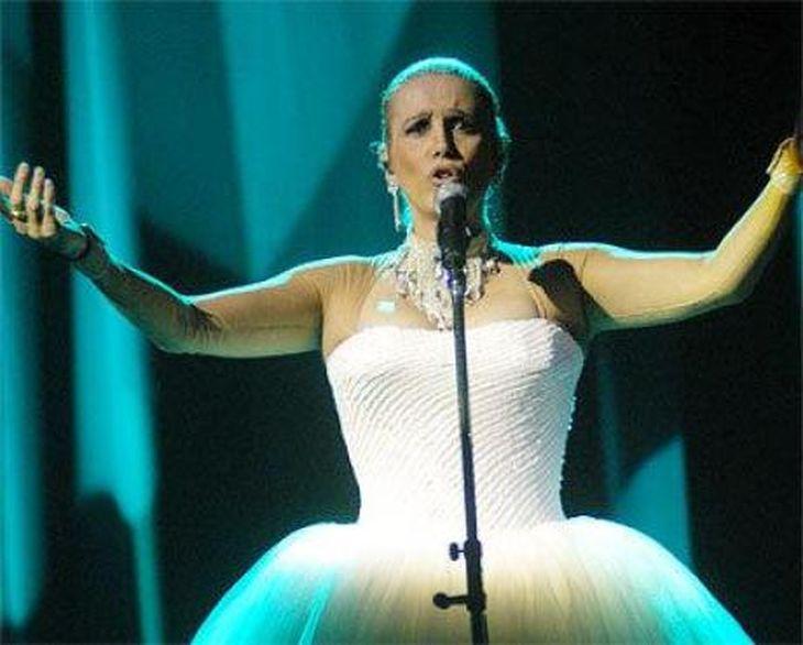 Valeria Lynch se suma a Primeras damas del musical 2012