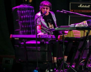 La decepción de los fans de Charly García: tocó solo una hora en su show en el Gran Rex