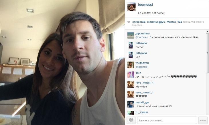 La selfie de entrecasa de Lionel Messi y Antonella Roccuzzo en Barcelona