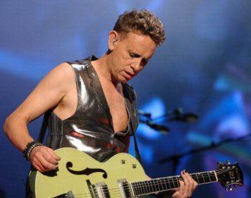 Martin Gore cumple 60: el himno de Depeche Mode que grabó desnudo