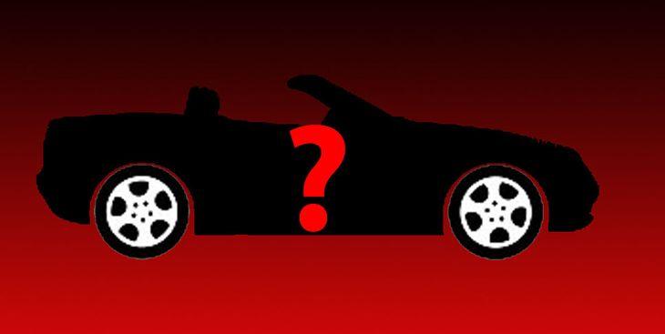 Auto importado choca tres más: adentro la pareja top, en llamas