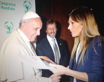 Coki Ramírez conoció al Papa Francisco y cantó en el Vaticano